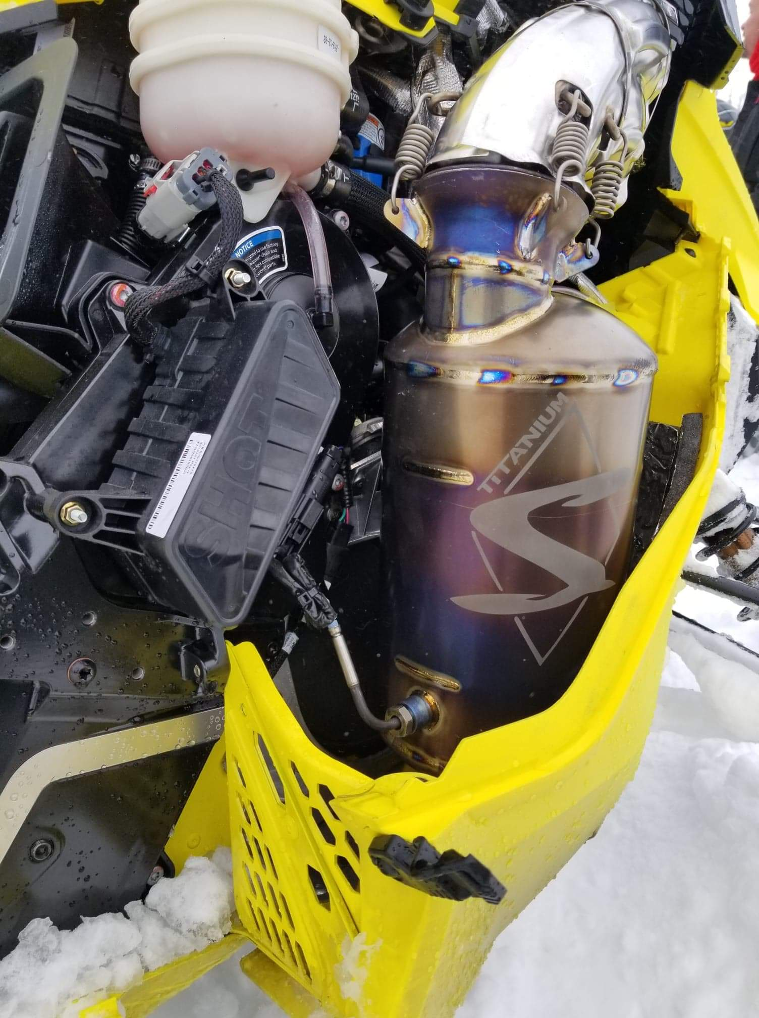 Ski-Doo 850 Turbo